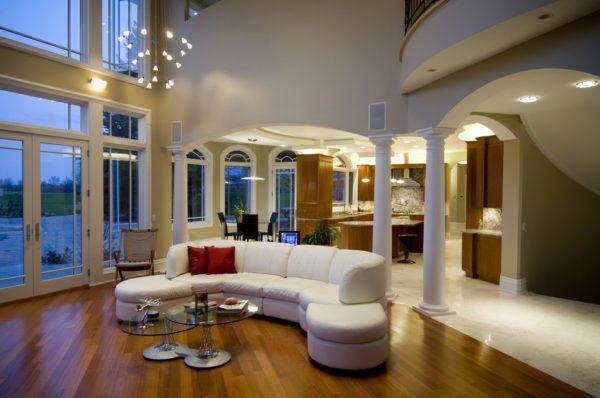 Для дома со вторым светом простой расчет отопления по площади абсолютно непригоден благодаря большой высоте потолков.