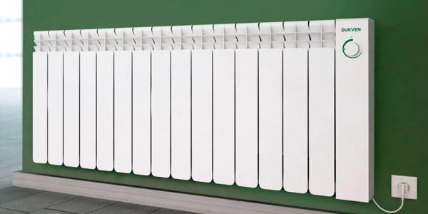 Электрические радиаторы и конвектора снабжаются термостатами. Средняя тепловая мощность автоматически подгоняется по потребность помещения в тепле.