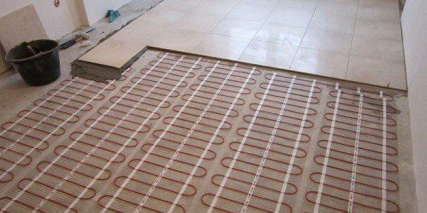 Электрический пол под кафелем.