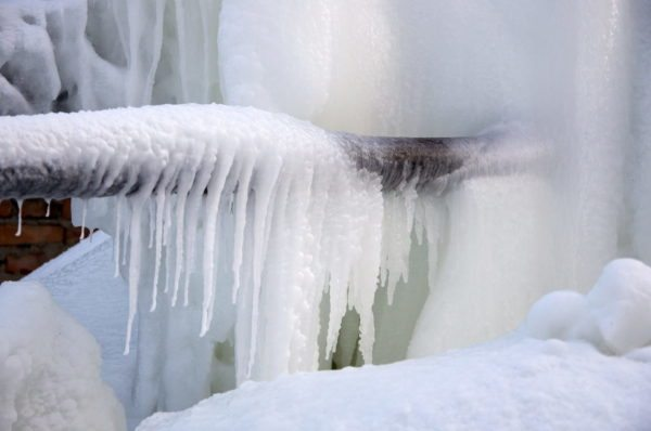 Если есть риск промерзания отопительной системы, о защите нужно думать заранее