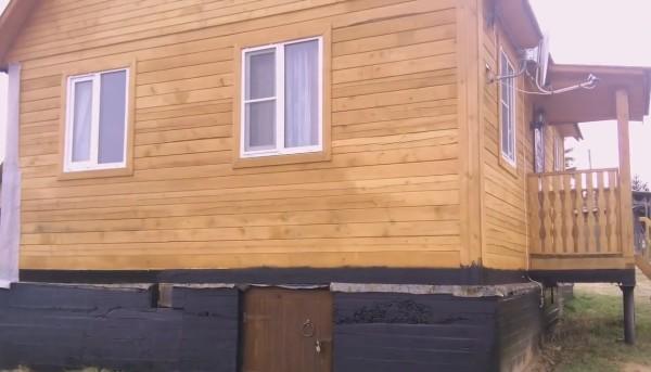 Фасад дачи, который предстоит утеплить