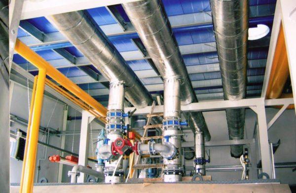 Фольгопергамин марки ФГ применяется для защиты трубопроводов производственных цехов.