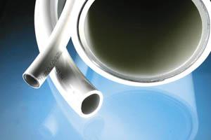 Изделия из пластика используют все чаще, особенно для монтажа отопительных систем.