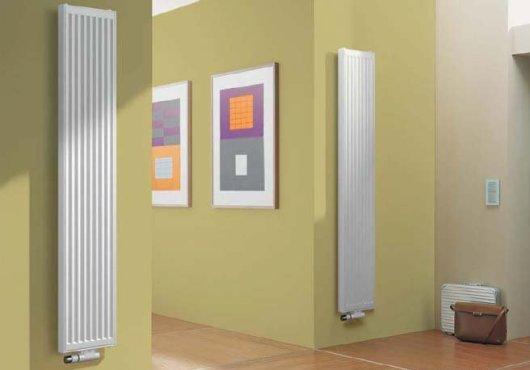 Как вариант – установите вертикальные плоские приборы отопления