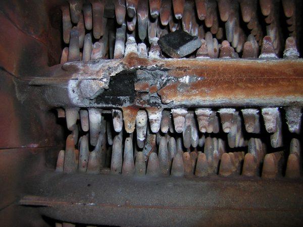Коррозия металла под воздействием антифриза может привести к поломке нагревателей