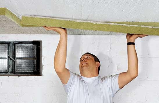Крепление базальтовых плит к бетонному перекрытию.