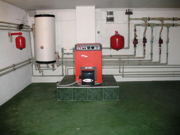 Монтаж отопления требует точного представления как об используемой системе отопления, так и обо всех элементах, входящих в неё