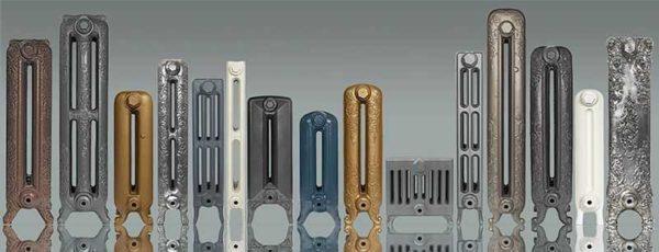 На фото — 15 моделей радиаторов из чугуна, вес каждой существенно разнится.