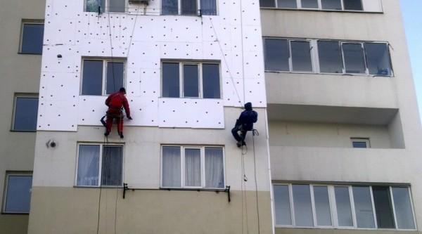 Наружная теплоизоляция позволяет экономить площадь в малогабаритных квартирах