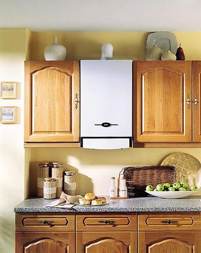 Настенная модель на кухне
