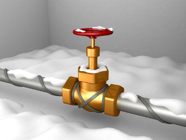 Обогрев участка водопровода с винтовым вентилем.