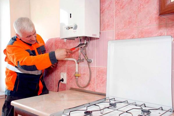 Подключение газового оборудования к газу выполняется силами сертифицированных специалистов.