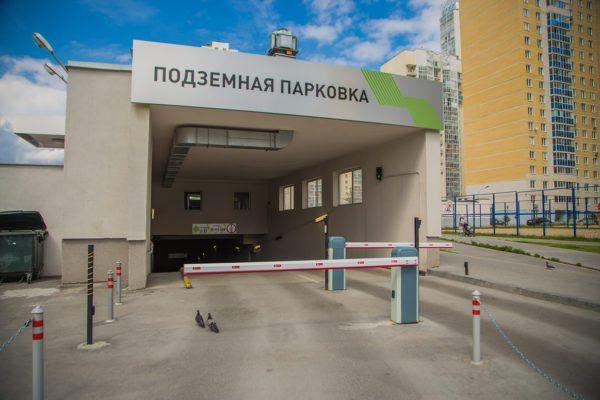 Подземные паркинги, как правило, не имеют въездных ворот, что приводит к необходимости круглосуточной эксплуатации теплового оборудования.
