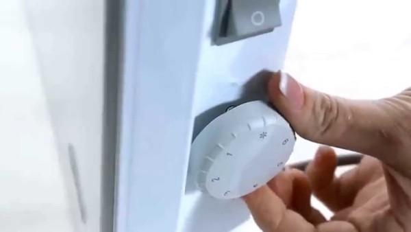 При помощи этого регулятора можно поддерживать в помещении положительную температуру.