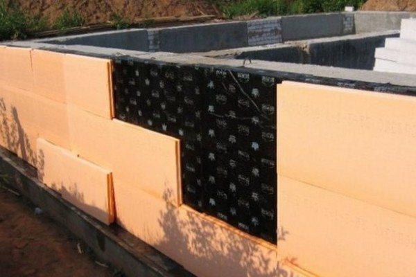 Приклеивание теплоизоляционных материалов – процесс несложный