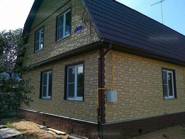 Пример отделки дома по технологии навесной фасад
