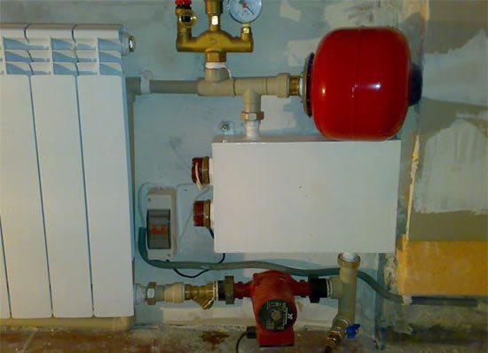 Самодельный электрический котел — это хорошая альтернатива центральному отоплению.