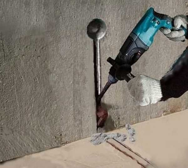 Штробление стены для установки терморегулятора