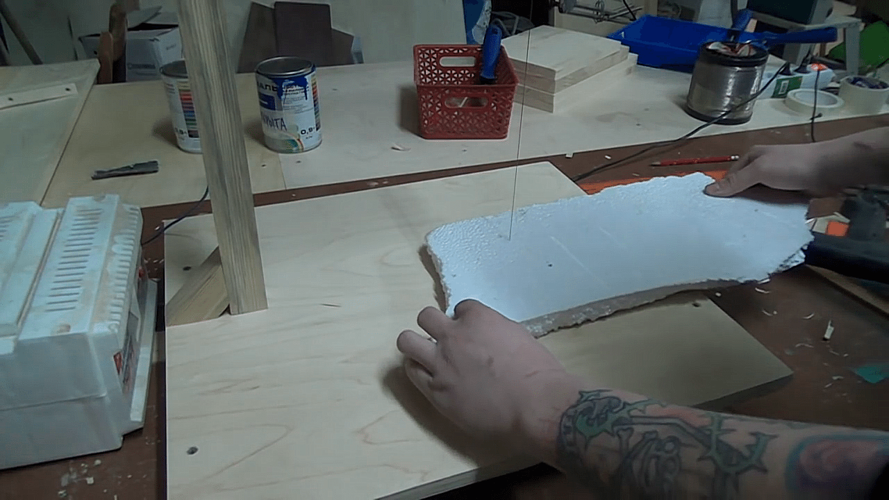 как резать пенопласт чтобы не крошился