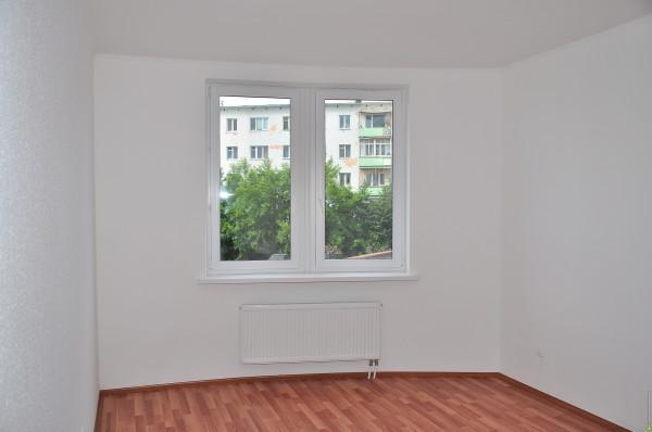 Так выглядит комната, подключенная к горизонтальной системе отопления.