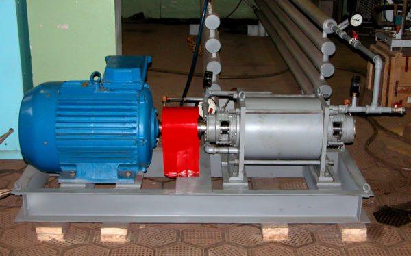 Так выглядит стационарная кавитационная установка, подключённая к промышленной системе отопления