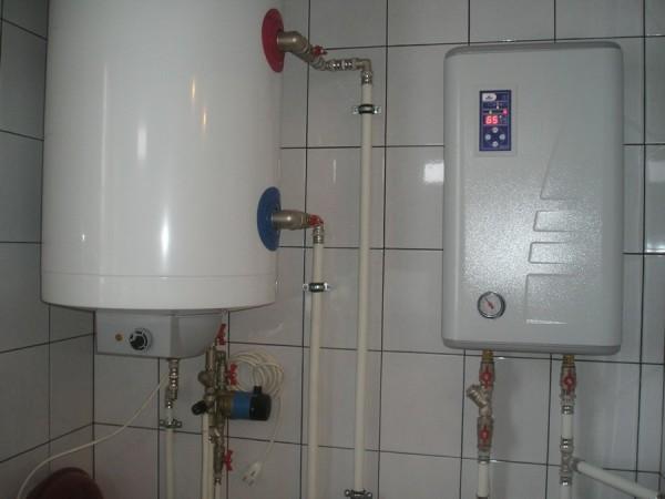 ТЭНовый электрокотел с бойлером косвенного нагрева.
