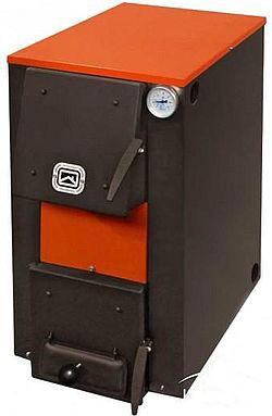 Устройство на фото способно использовать и теплоту сгорания дров, и электроэнергию.