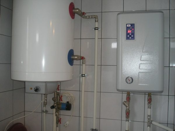 В автономной отопительной системе температура подачи крайне редко превышает 75-80 градусов.