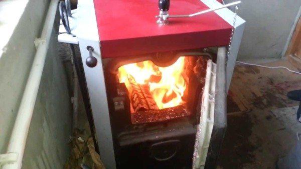 В отсутствие газа твердое топливо делается самым дешевым источником тепла.