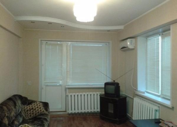 В угловой комнате потери тепла через стены и окна вырастут.