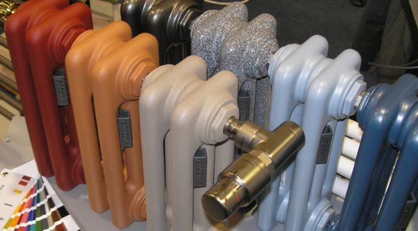 Внешний вид классического чугунного радиатора претерпевает изменения, подчиняясь влиянию модных тенденций