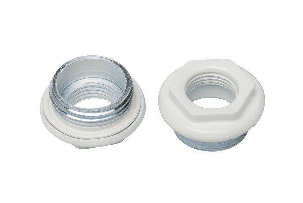 За герметизацию соединения пробки с радиатором отвечает штатная силиконовая прокладка.