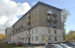 Здание «сталинка»