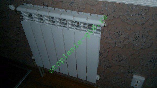 Алюминиевые радиаторы резервной системы отопления в моем доме.