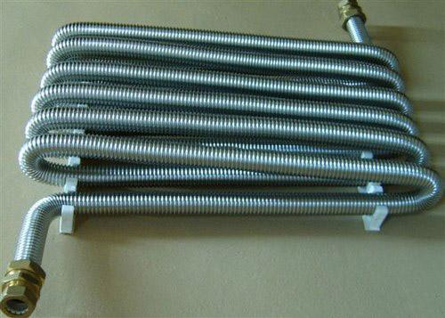 Благодаря гибкости труб сборка стояка и подводки обещает быть несложной.