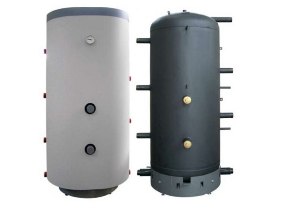 Буферные емкости для подключения к отопительным контурам.