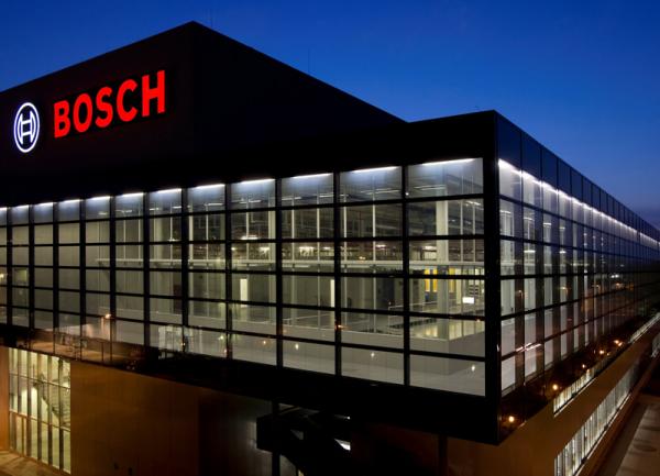 Dakon стала частью одной из крупнейших в мире корпораций с годовым объемом продаж в 52,5 млрд. евро (данные за 2012 год).