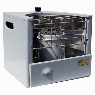 Для быстрого прогрева небольшого помещения печь на фото практически идеальна.