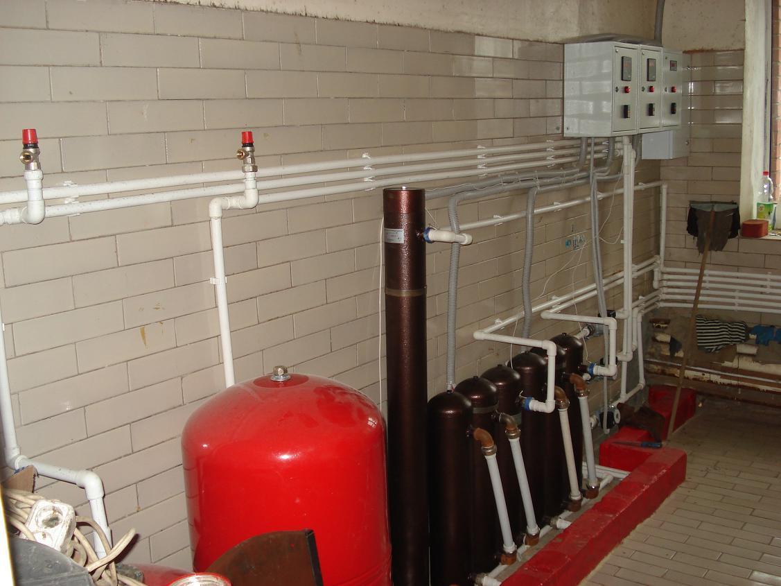 Для увеличения тепловой мощности несколько котлов могут объединяться в каскад.