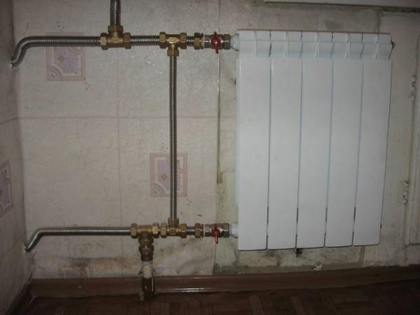Гофрированная нержавейка в системе отопления.