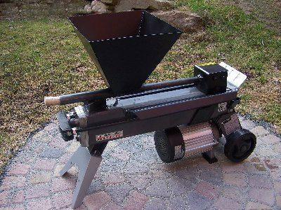 Гранулятор для прессования древесной стружки