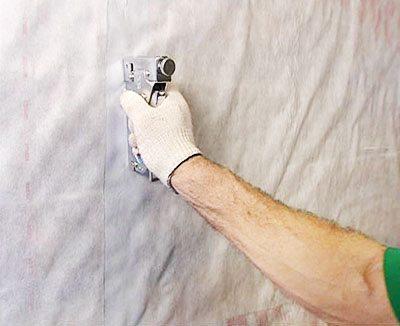 Изоляционный материал защитит древесину от проникновения влаги