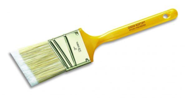 Кисть должна иметь густой ворс, чтобы обеспечивать качественное нанесение краски или грунта на металл