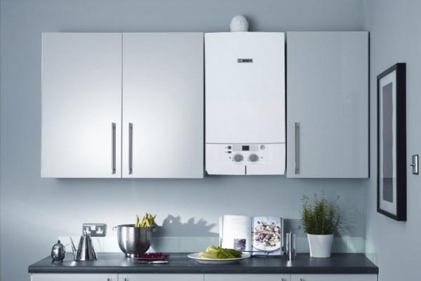 Компактные габариты агрегата позволяют аккуратно вписать его в интерьер кухни.