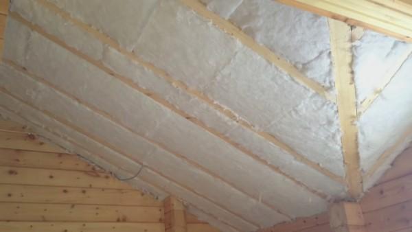Минеральную вату можно применить для теплоизоляции сложных архитектурных форм