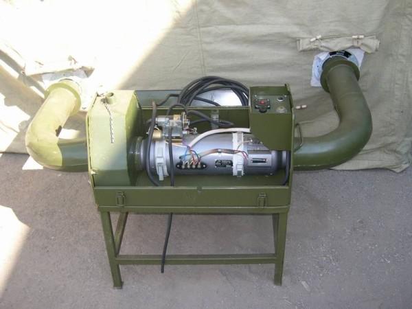 На фото - отопительно-вентиляционная установка ОВ65.