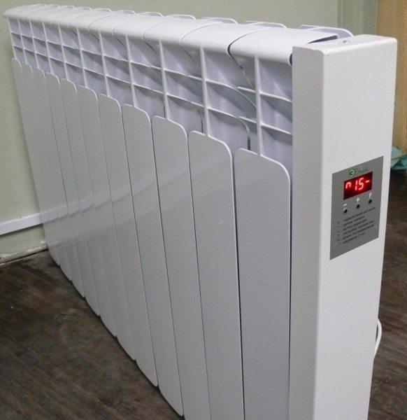 Несколько электрических радиаторов могут успешно заменить котел и систему водяного отопления.