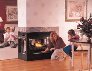 Обеспечение тепла в доме – решение целого комплекса задач, часто не связанных друг с другом, но служащих одной цели. Одной из таких автономных задач может стать установка камина