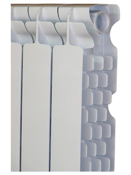 Оребрение увеличивает поверхность теплообмена с воздухом.