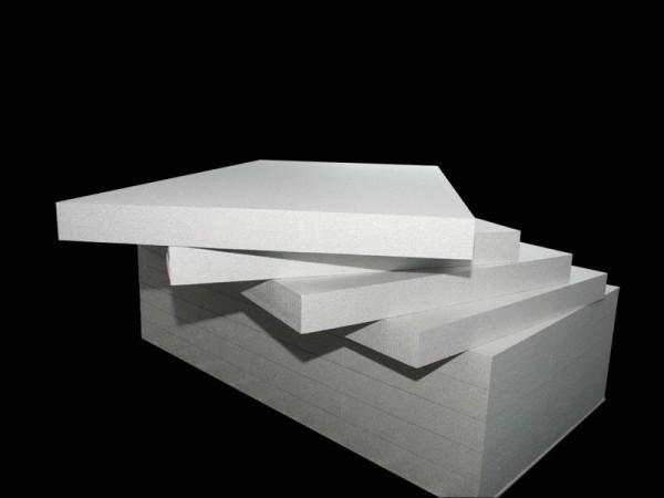 Пенопласт — недорогой материал, часто используемый для утепления